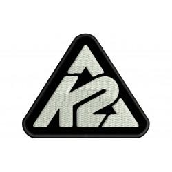 Parche Bordado K2 (Bordado BLANCO / Fondo NEGRO)
